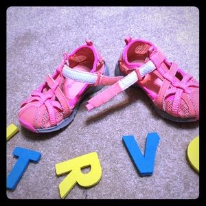 Merrell girls Hydro Monarch pink and coral sandals